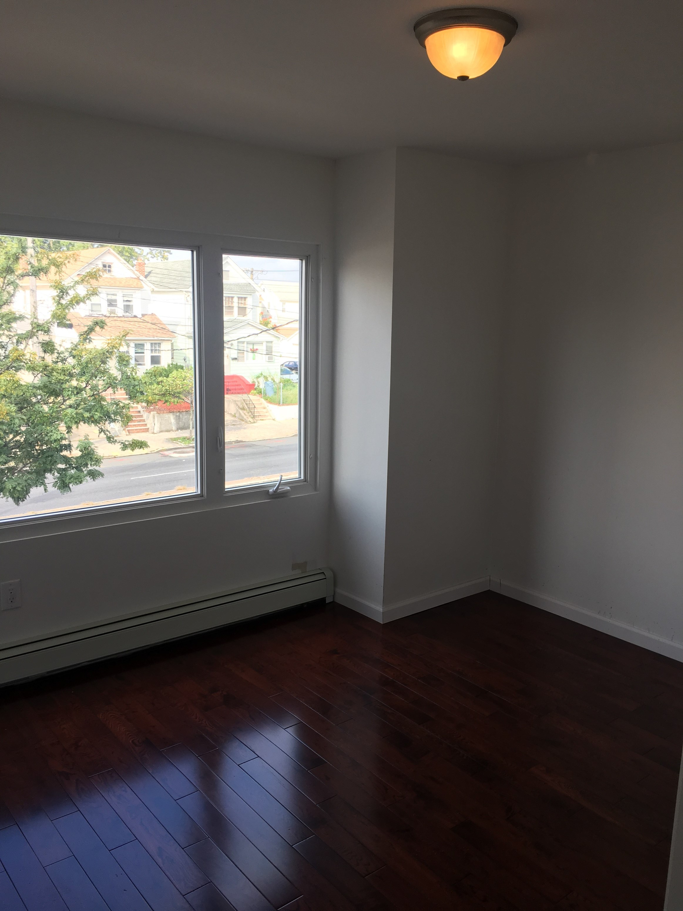 1200 Sq Ft Room For Rent 2 Bhk Everything Else In Jamaica Ny