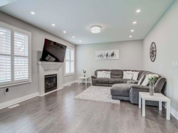 Houses & Homes for Rent in Oakville, ON   Sulekha Rentals