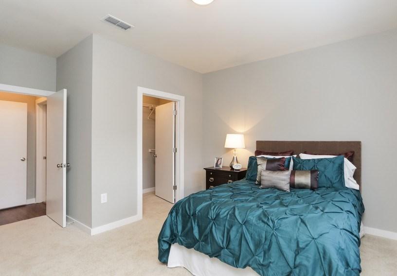 furnished personal room with en suite bathroom for rent - En Suite Bathroom