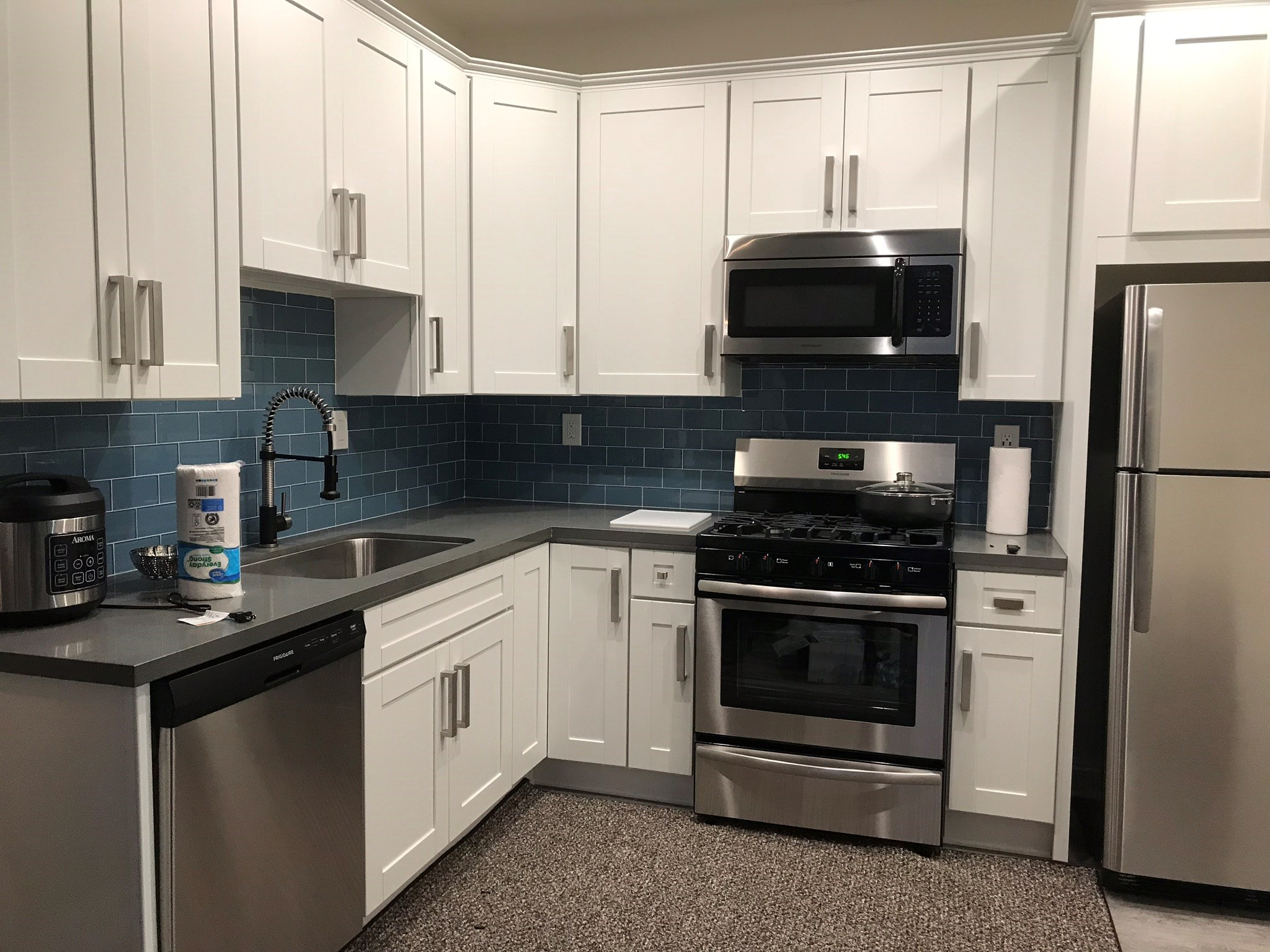 No Lease Required!!! Shared Accommodation In Culver City In Semi ...